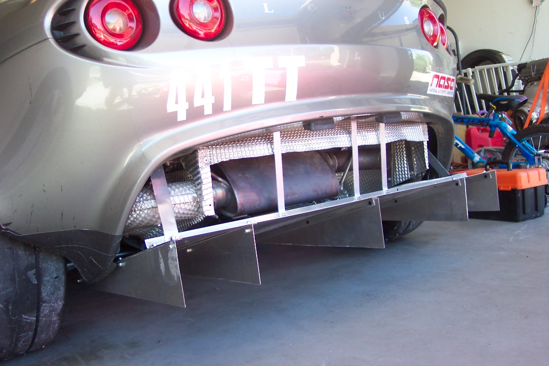 Eliminator Drop Links 144631d1271101250-official-booty-thread-your-rear-end-exhaust-diffuser-photo-100_2378