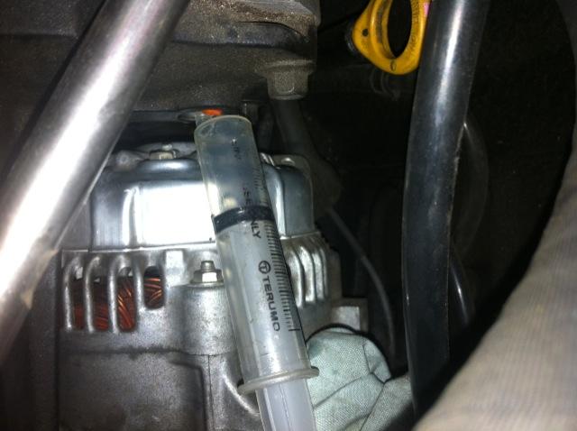 Lubrificazione cuscinetti compressore 160957d1297473974-supercharger-oil-check-2
