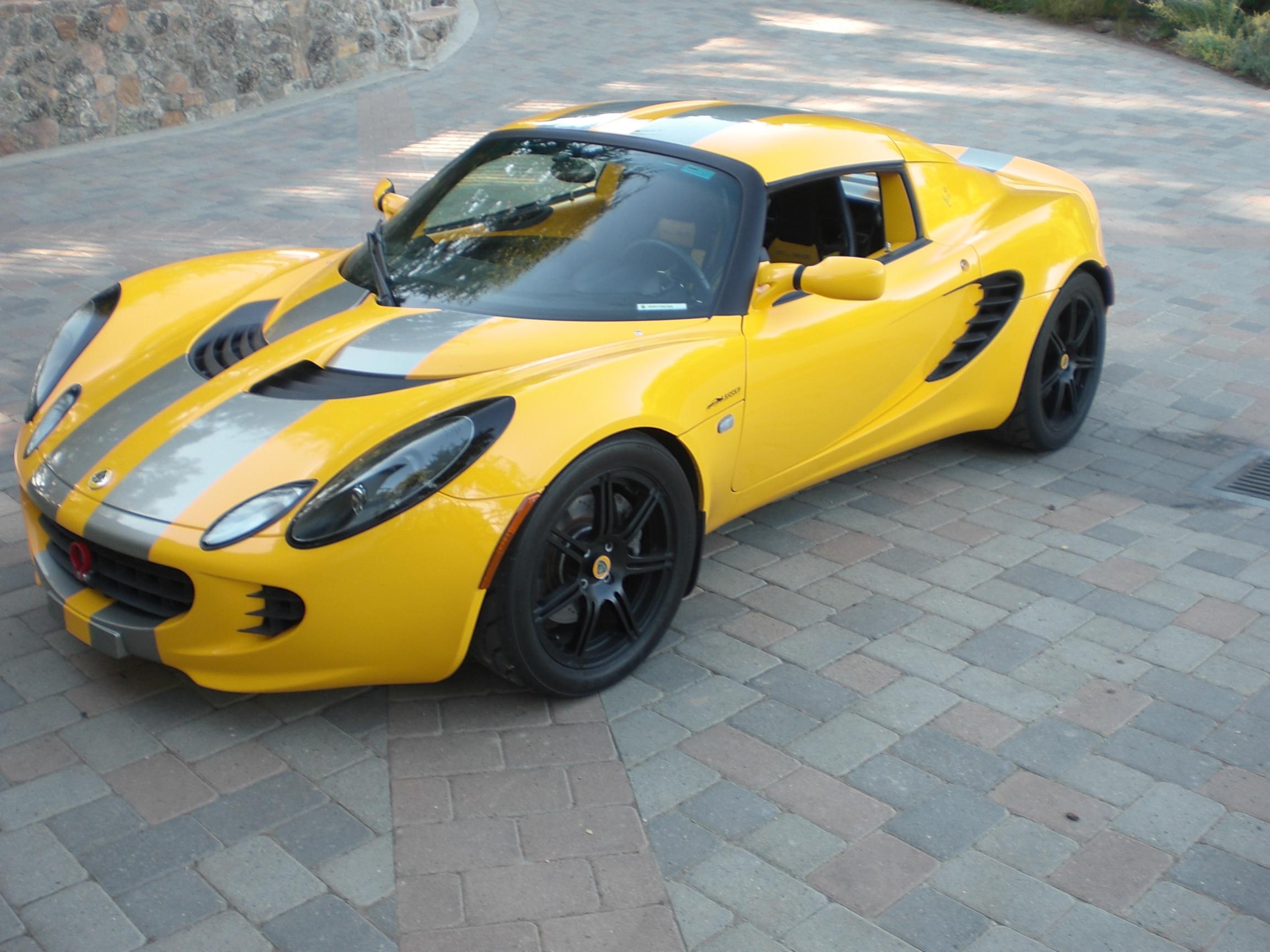 dubbi su colore lotus elise 151230d1281621431-lotus-sport-elise-sale-2006-9776-miles-cimg2050