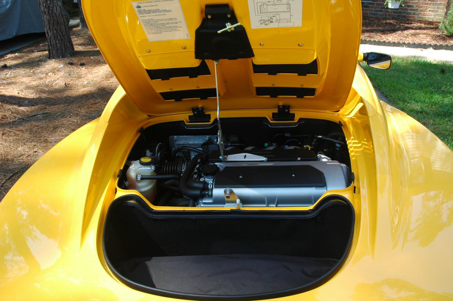 Umberto Sanna prova la Lotus Elise S MY 2013  90042d1220554055-fs-2006-lotus-elise-11350-miles-dsc_0845