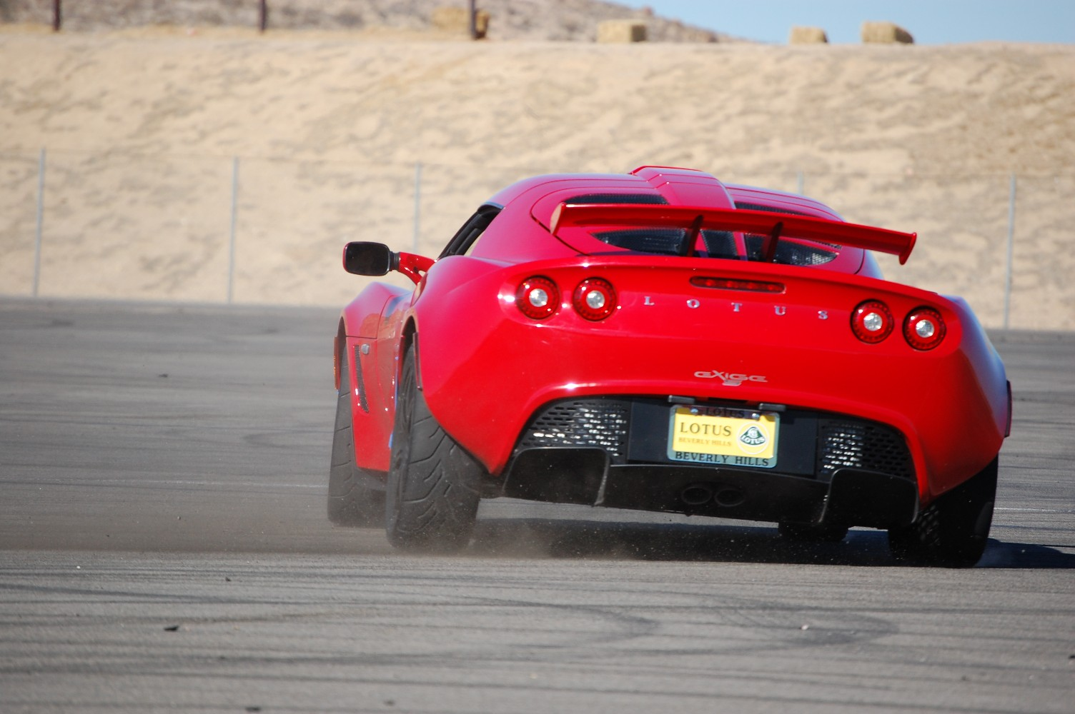 07 Exige S - Ardent Red,