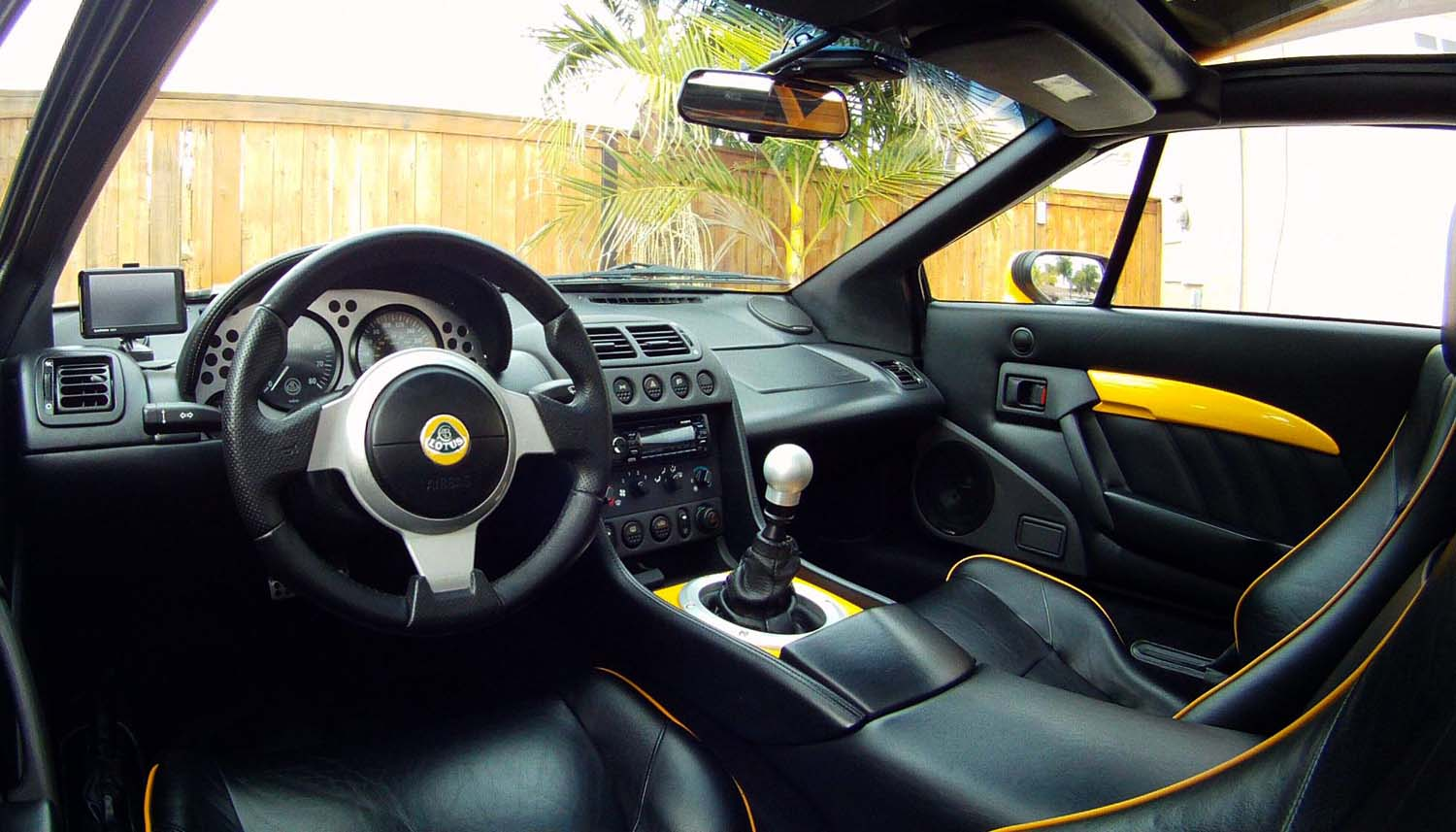 Woot got my elise steering wheel now the hard part lotustalk attached images vanachro Image collections