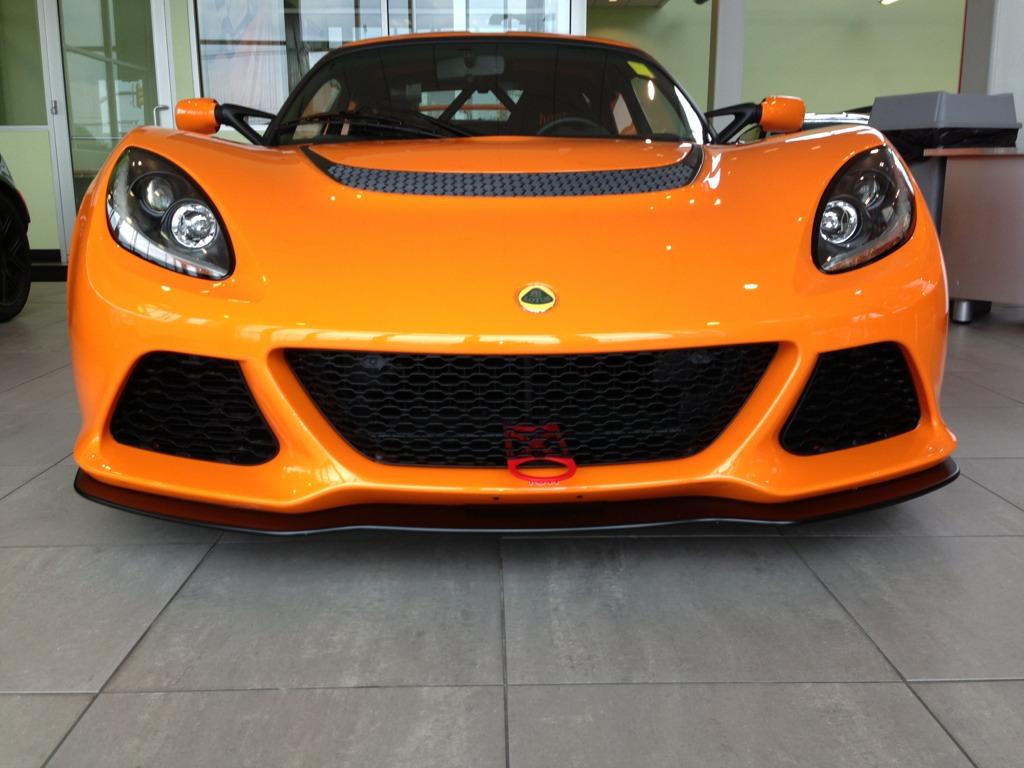 Le notizie di oggi da mamma Lotus - Pagina 2 268041d1375492005-brand-new-2013-lotus-exige-s-v6-cup-coupe-chrome-orange-imageuploadedbyautoguide1375492004.988001