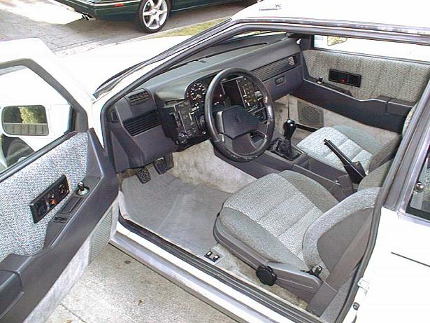 75404D1204667910 Joe Isuzu Isuzu Interior Small