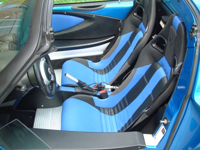 Interni Elise Laser Blue S2 146473d1274559717-my-new-laser-blue-lotus-trim-shop-interior-laser-blue-interior-1