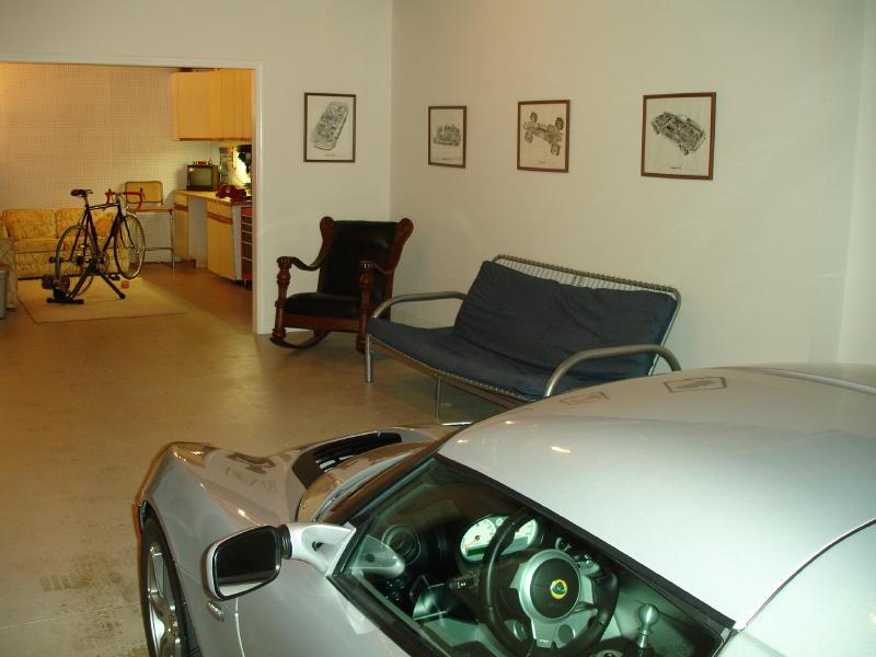 Name:  Lotus Elise basement etc 014 (2).jpg Views: 3354 Size:  68.0 KB