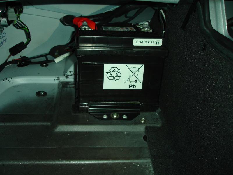 Name:  Lotus Elise - Odyssey PC925 Battery Installation 001 (2).jpg Views: 4265 Size:  69.3 KB