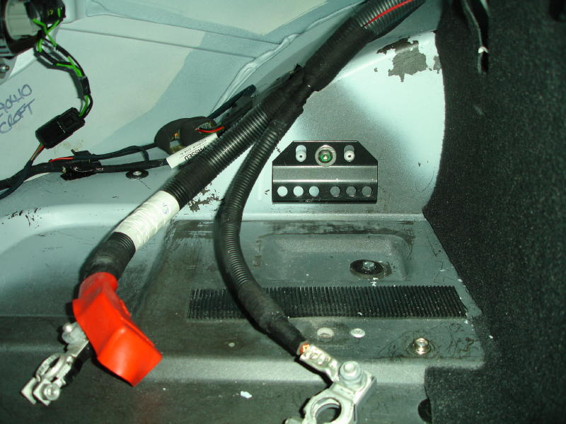 Name:  Lotus Elise - Odyssey PC925 Battery Installation 017 (2).jpg Views: 2702 Size:  91.7 KB