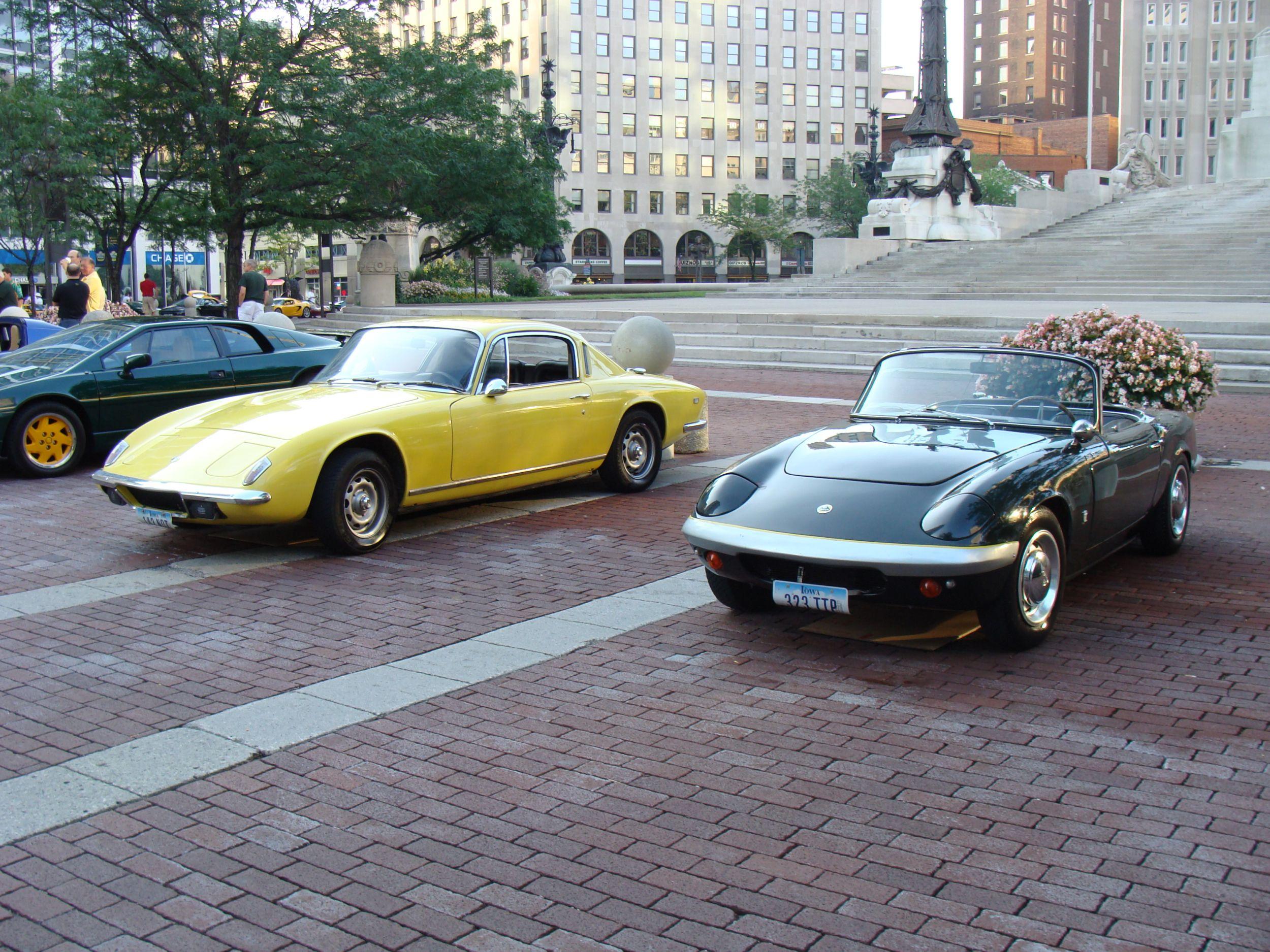 Lotus Elan +2 Cabriolets