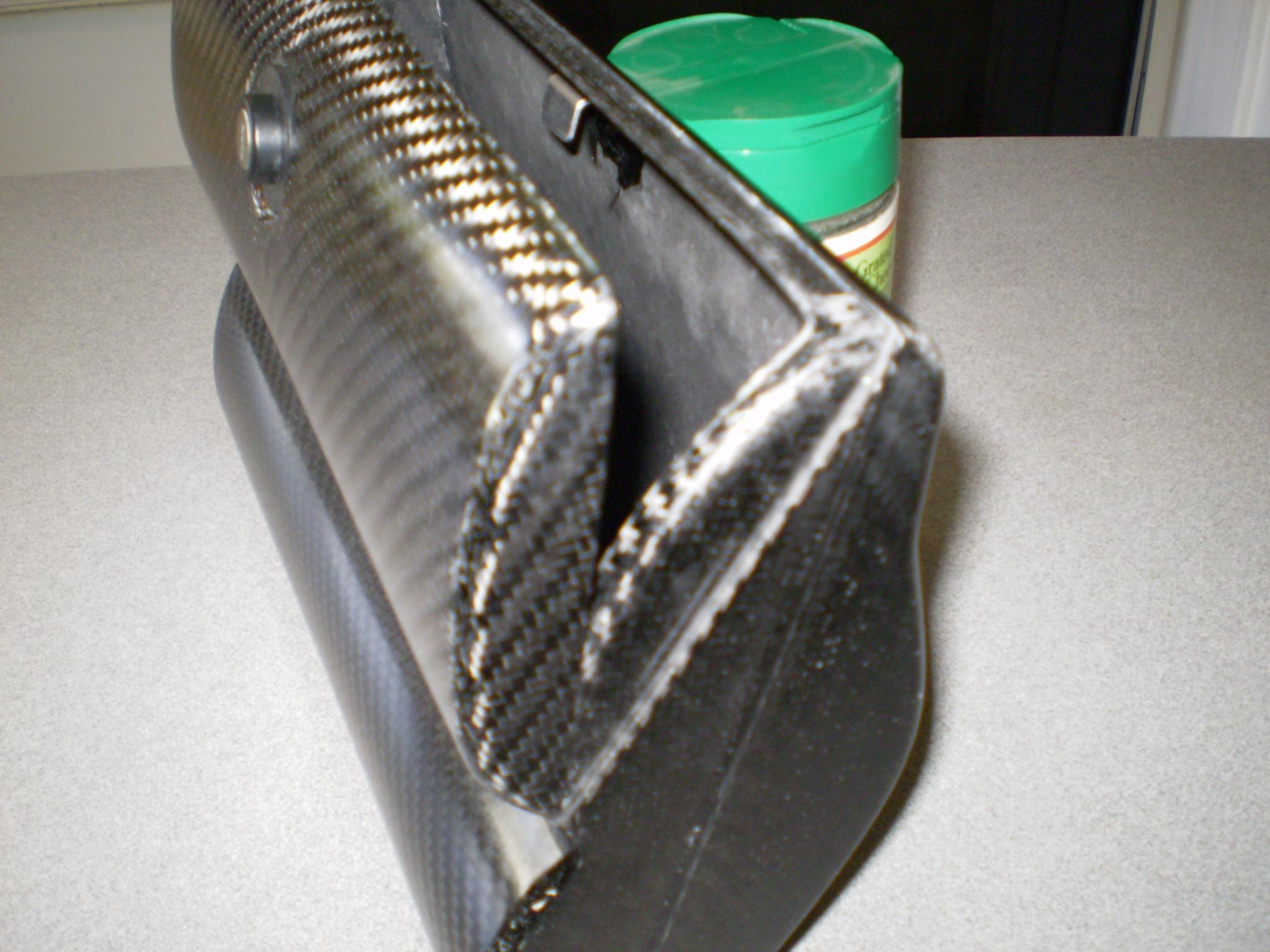 Name:  new carbon glove box 055.jpg Views: 716 Size:  263.4 KB