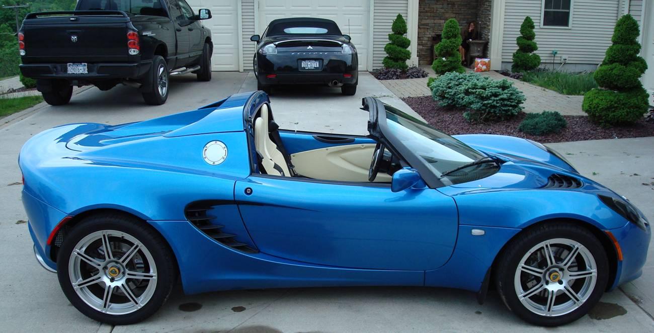 Laser blue with magnolia interior lotustalk the lotus cars laser blue with magnolia interior lotustalk the lotus cars community vanachro Choice Image