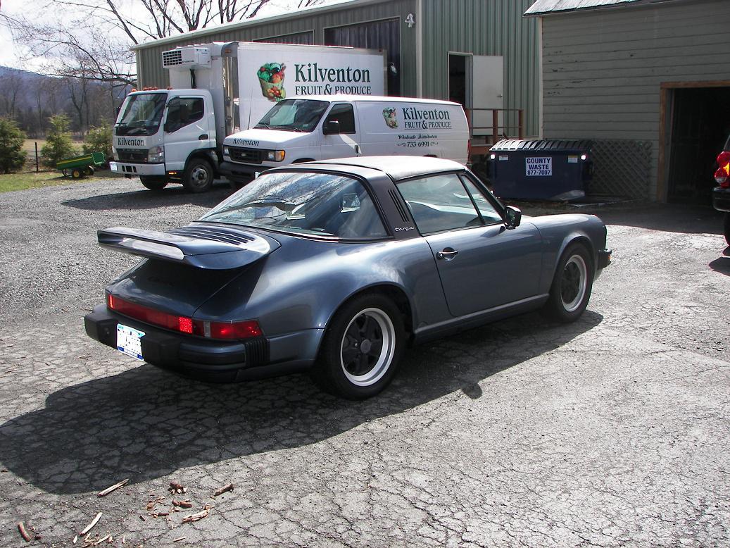 Seeking classic Porsche 911