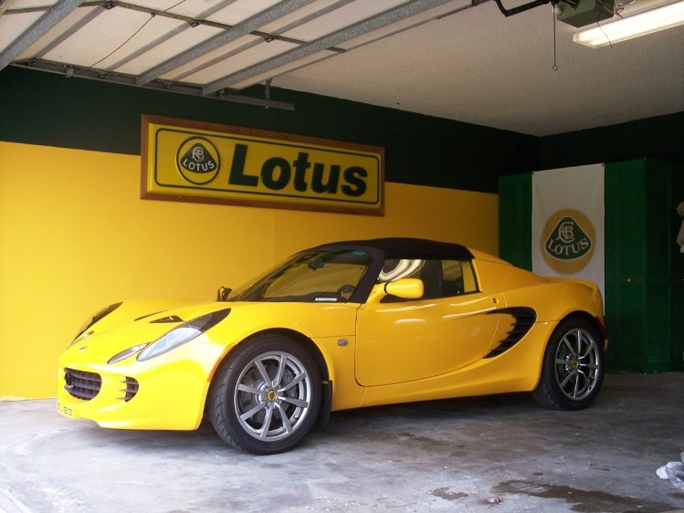 Garage Lotus!! 57764d1184272791-garage-pics-sign