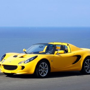 2005 Saffron Yellow Lotus Elise