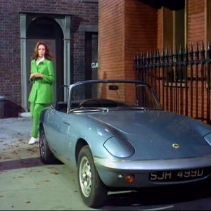 22362-mrs. Peel And Lotus Elan