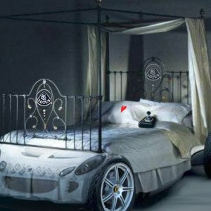 zOOmz's Elise Bed