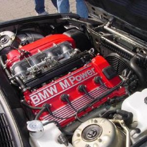 e30 m3 engine bay